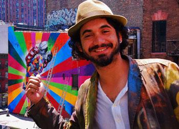 O artista e sua obra em Nova York.