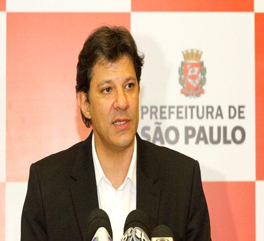 'O PSDB não está nem aí para o pudor, agora é o vale-tudo eleitoral', diz Haddad