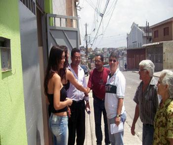 Donato visita projetos e bairros