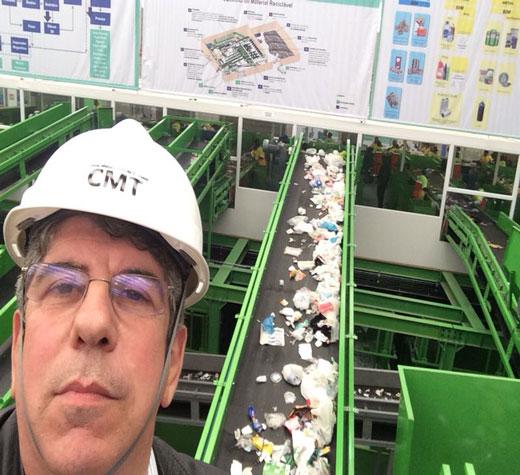 Central amplia coleta de lixo reciclável e melhora o serviço