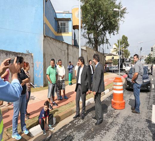 Prefeitura entrega novo trecho do complexo viário Ponte Baixa