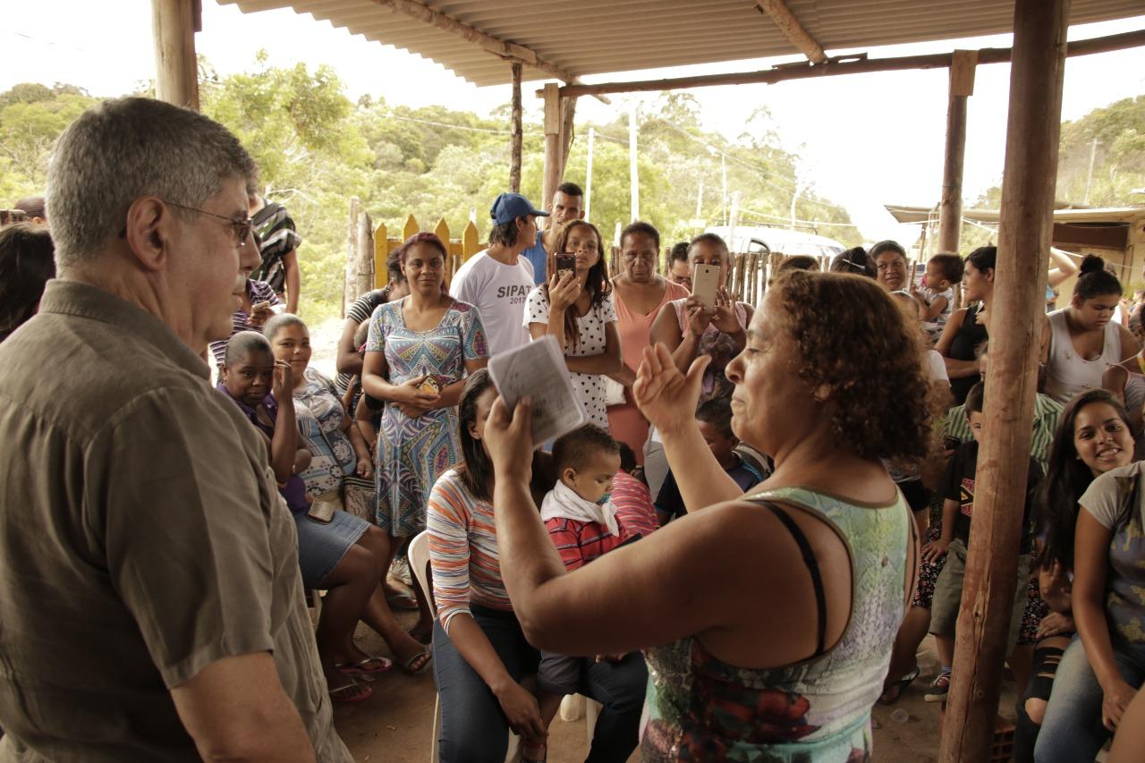 Moradores do Jd. Iporã pedem instalação de rede de água