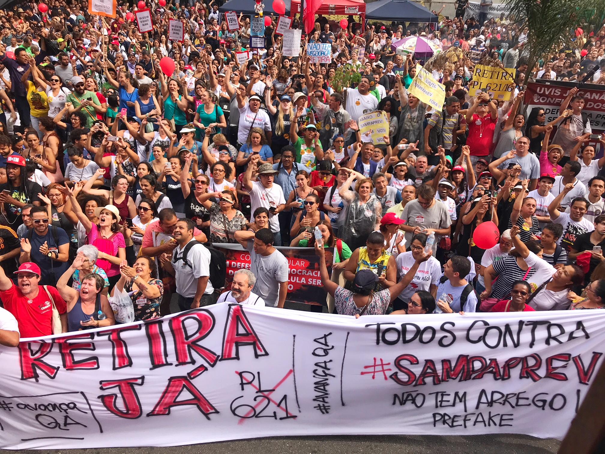 Legado de Doria é o desmonte de programas sociais em São Paulo