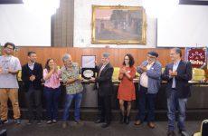 Sarau do Binho recebe Salva de Prata da Câmara Municipal
